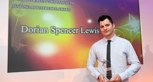 Award-Winning Cardiff Youth Worker Uses Own Experiences to Help Others