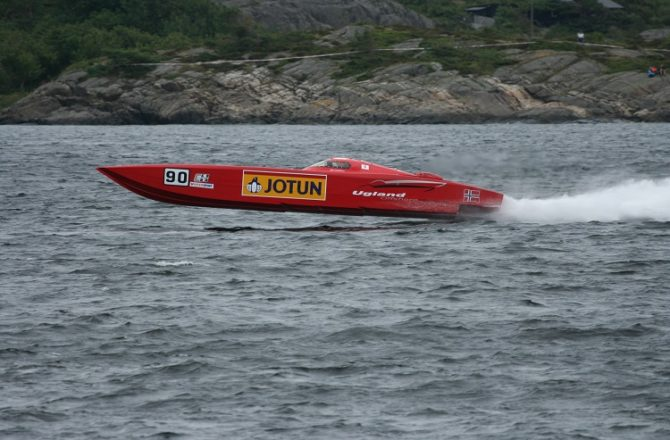 Powerboat Championship to be Held in Milford Haven, Pembrokeshire, in 2017